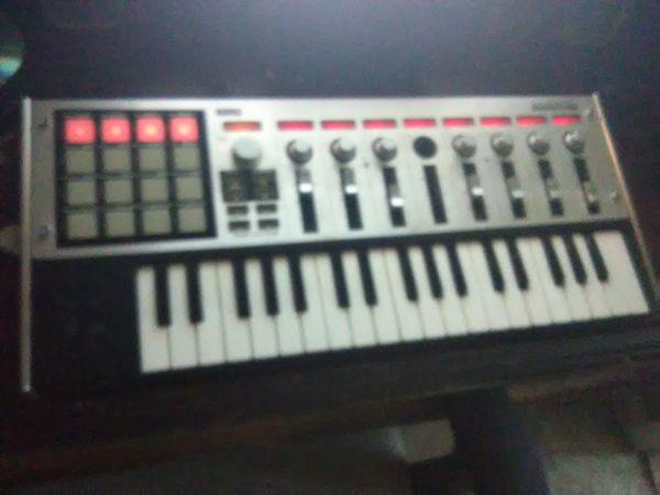 Korg MicroKontrol MIDI Controller