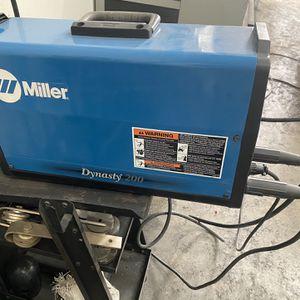 Miller Dynasty Tig Welder for Sale in Gilbert, AZ