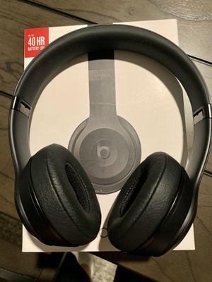 Beats by Dre Solo 3 Wireless head phones- Matte Black for Sale in San Ramon, CA