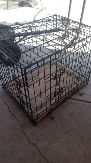 CAGE FOR SMALL DOG for Sale in Azusa, CA