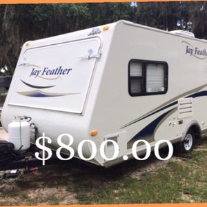 [Jayco jay feather]Unloaded Vehicle Weight (lbs.): 2,935 ............. for Sale in Fort Worth, TX