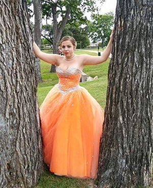 Dress for Sale in Granbury, TX