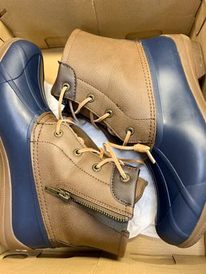 Sperry duck boot rain boot Tan leather and navy blue size 9 for Sale in Frankfort, KY