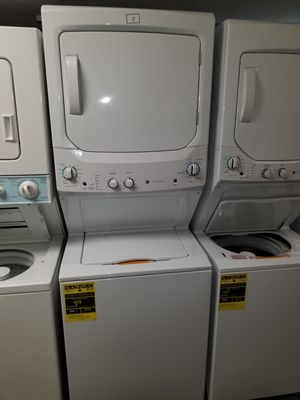 """GE 27""""wide new Open box electric laundry center 6months warranty for Sale in McDonogh, MD"""