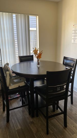Kitchen Table for Sale in Oceanside, CA