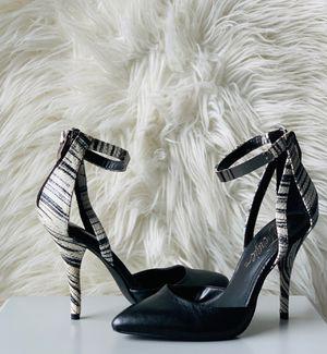 Black and white heels. New for Sale in Ashburn, VA