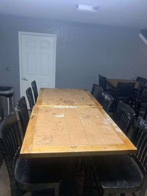 Bar/High top tables & chairs for Sale in San Antonio, TX