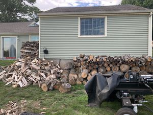 Seasoned firewood for Sale in Bethlehem, CT