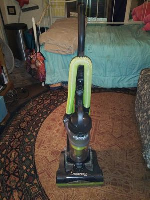 Eureka vacuum for Sale in Abilene, TX