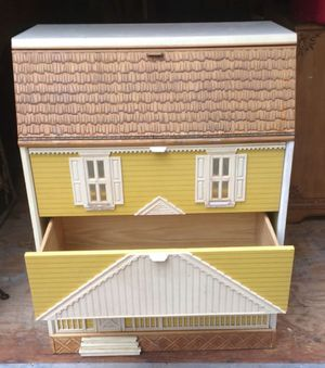 Antique dresser styled as a doll house for Sale in Woodruff, SC