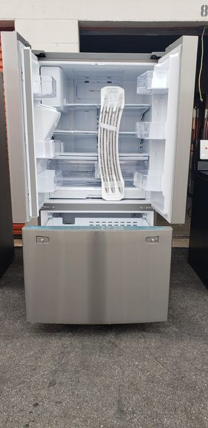 SAMSUNG REFRIGERATOR for Sale in Paramount, CA