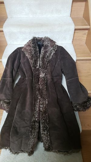 Full length womans coat for Sale in Hampshire, IL