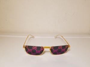 Gucci Unisex Logo Gold Sunglasses for Sale in Queens, NY