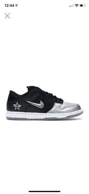 Nike Sb x Supreme Black size 10 for Sale in Dallas, TX