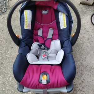 Chicco Infant Car Seat With Base for Sale in Bothell, WA