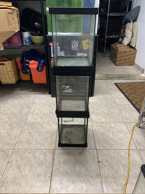 Reptile/fish tanks for Sale in Miami, FL