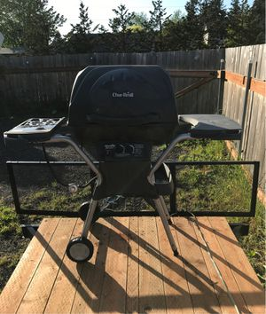 Charlie broil grill for Sale in Vancouver, WA