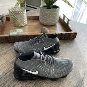 New Pair Of Nike Sneakers for Sale in Naugatuck, CT