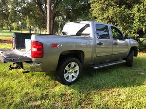Chevy Silverado 5.3 for Sale in Orlando, FL