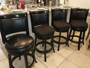 4 Barstools with cushions $60 for all 4 for Sale in Kissimmee, FL