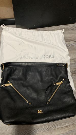 Michael Kors hobo leather purse for Sale in Austin, TX