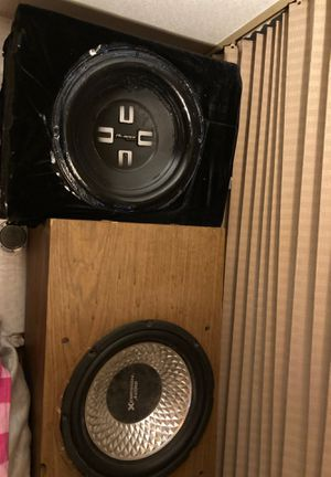 Almanac & cursion audio speakers for bass 2 for the price of 1 for Sale in Selma, CA