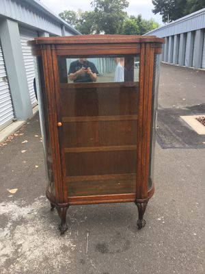 Antique china cabinet for Sale in Seymour, CT