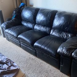 Black leather Couch With Two Recliners In It. for Sale in Broomfield,  CO