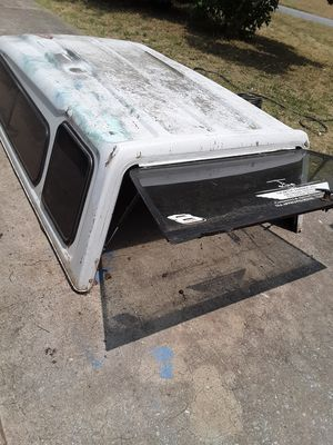 $125 White camper top with black tinted windows and sliding front window for Sale in Centerville, GA