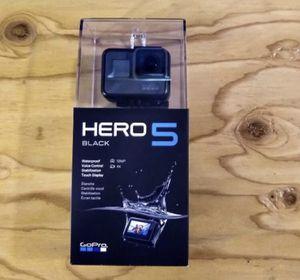 GoPro Hero 5 Black for Sale in Pembroke Pines, FL