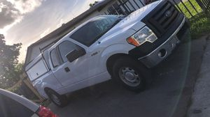 2012 xl ford f150 clean title for Sale in Hialeah, FL