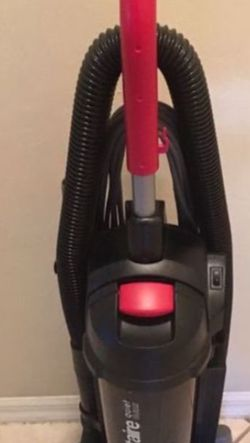 Sanitaire Vacuum for Sale in Fort Myers,  FL