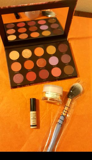 Great deal on cosmetics. Retail value $60 brand new never used for Sale in Riverside, CA