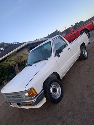 1988 Toyota pickup for Sale in Half Moon Bay, CA
