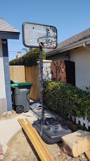Basketball Hoop for Sale in Costa Mesa, CA