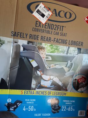 Graco Extend2fit convertible car seat for Sale in Perris, CA