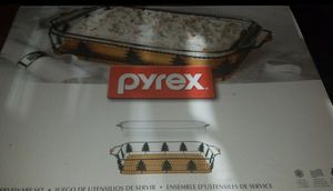 Pyrex baking dish Christmas for Sale in West Covina, CA