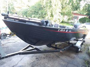 Aluminum Boat super V Astro for Sale in Baytown, TX