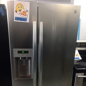 """Refrigerator 33"""" Inches Side By Side stainless Steel for Sale in Fort Lauderdale, FL"""