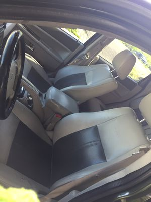 Jeep grand Cherokee limited for Sale in Waterbury, CT