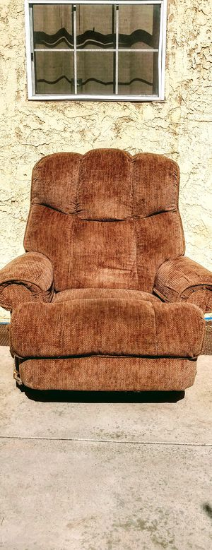 Teddy Bear Recliner for Sale in South Gate, CA