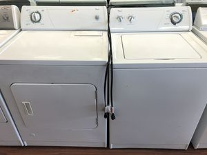 Whirlpool washer and Gas dryer for Sale in Cedar Hills, UT