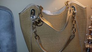 Michael Kors straw and gold bag like new for Sale in Atlanta, GA