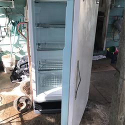 Freezer (NOT REFRIGERATOR) for Sale in Portland,  OR