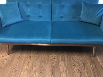 💖 Brand New Teal Velvet Couch💖 for Sale in Marietta,  GA