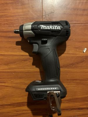 New makita impact wrench 3/8 for Sale in San Diego, CA