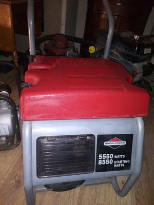 Generator used Briggs and Stratton for Sale in Hemet, CA