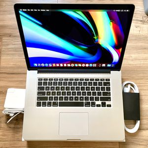 """Sept 2016 15"""" MacBook Pro 512GB SSD i7 Quad Core 2.5GHz High Performance better than Single Graphics Retina 13"""" i5 i7 2018 19 or 2020 for Sale in Los Angeles, CA"""