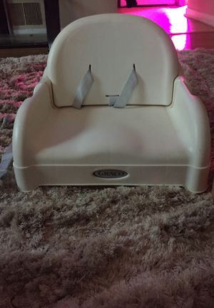 Graco booster seat for Sale in Windsor, CT