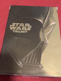 DVD Set- Star Wars Trilogy for Sale in Phoenix,  AZ